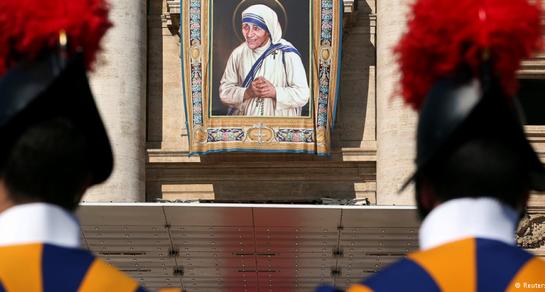 Madre Teresa de Calcutá canonizada