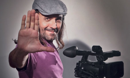 Conhe�a a hist�ria do cineasta multifacetado Halder Gomes